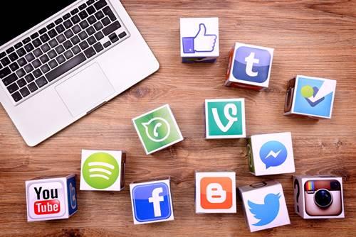 reseller makanan pedas media sosial