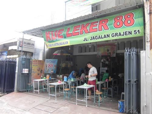 toko roti di semarang leker 88