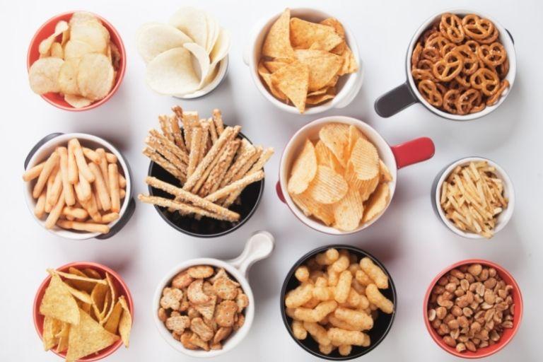 D. Jualan yang Laku Setiap Hari Kategori Makanan Ringan